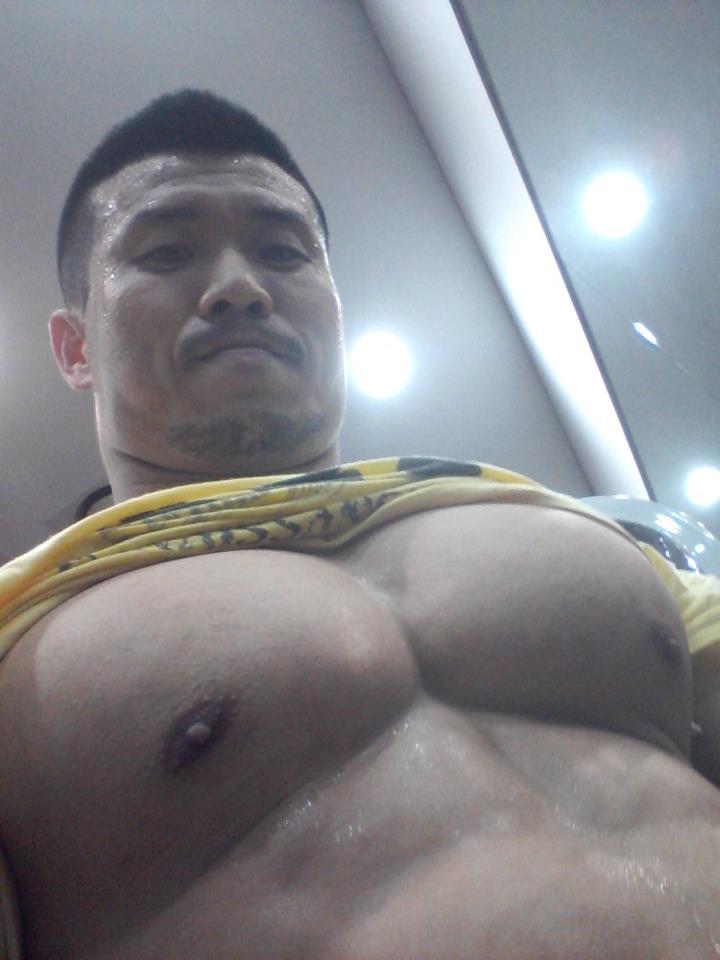 【筋肉デブ】デカい体を愛するスレ14【がちでぶ】YouTube動画>16本 ニコニコ動画>5本 ->画像>526枚