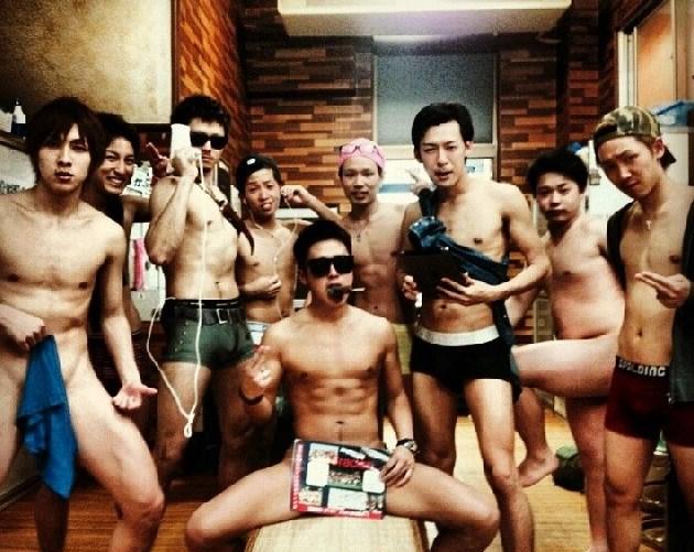 【裸】ノンケのバカ騒ぎ写真90【露出】 [集会所] [無断転載禁止]©bbspink.comYouTube動画>3本 dailymotion>1本 ->画像>861枚