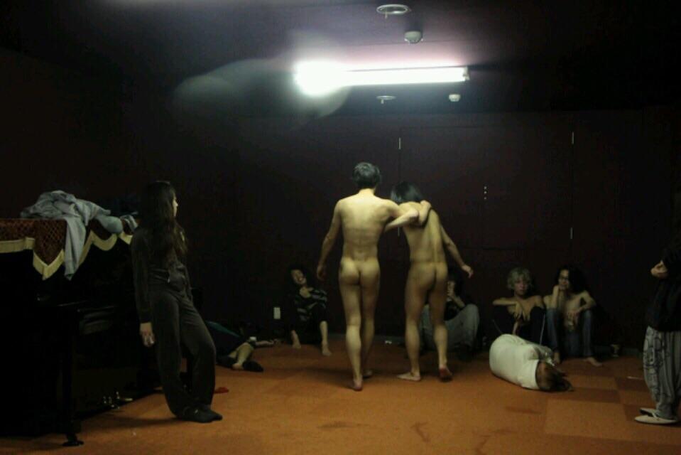 【裸】ノンケのバカ騒ぎ写真54【露出】 [転載禁止]©bbspink.comYouTube動画>10本 ->画像>552枚